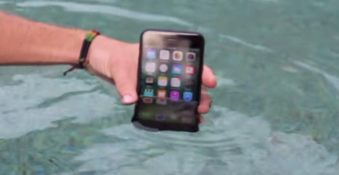 iphone vandskade