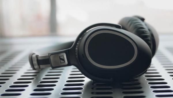 bedste bluetooth headset Sennheiser PXC 550